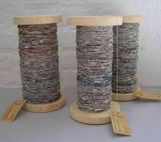 greetje-van-tiem-newspaper-yarn-recycling-garn-aus-zeitungspapier-2